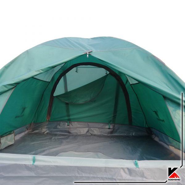 نمای داخلی چادر کوهنوردی کله گاوی دو سه نفره مدل C2001. دارای دو تیرک آلومینیومی با وزن 2.5 کیلو گرم. رنگ سبز