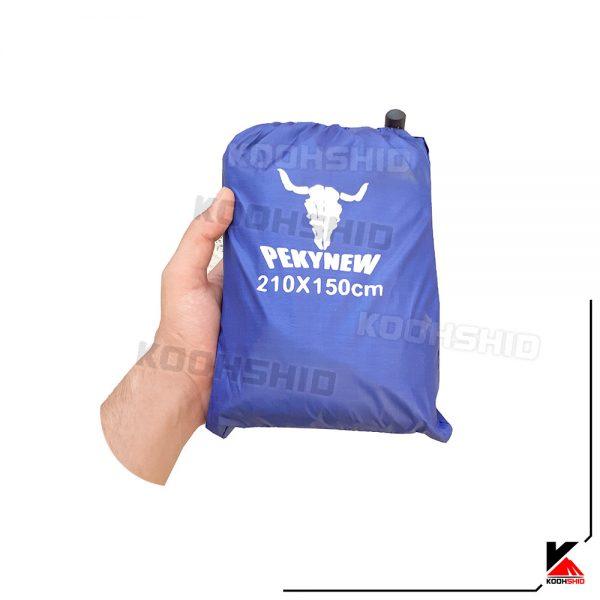 بسته بندی زیرانداز کاملا ضد آب چادر 2 نفره طرح کله گاوی رنگ آبی