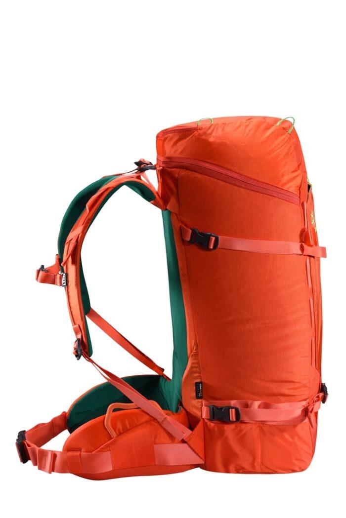 کوله پشتی صعود های فنی 45 لیتری مدل Mutant Technical Climbing